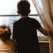 Sobrevivir al confinamiento con niños en casa.